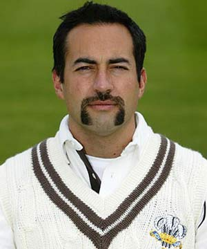 Adam_Hollioake with beautiful moustache